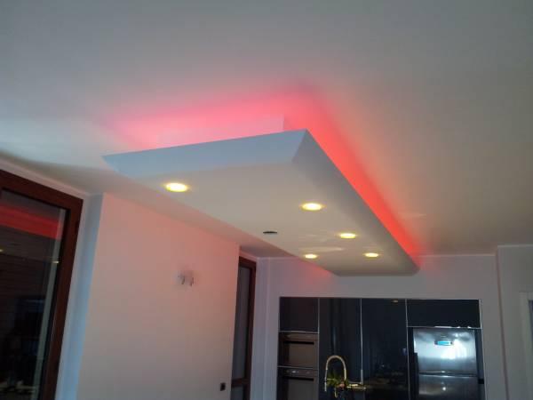 Illuminazione Led Rgb Prezzi  illuminazione striscia a led rgb, illuminazione led casa ...